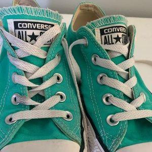 CONVERSE mint green size 6